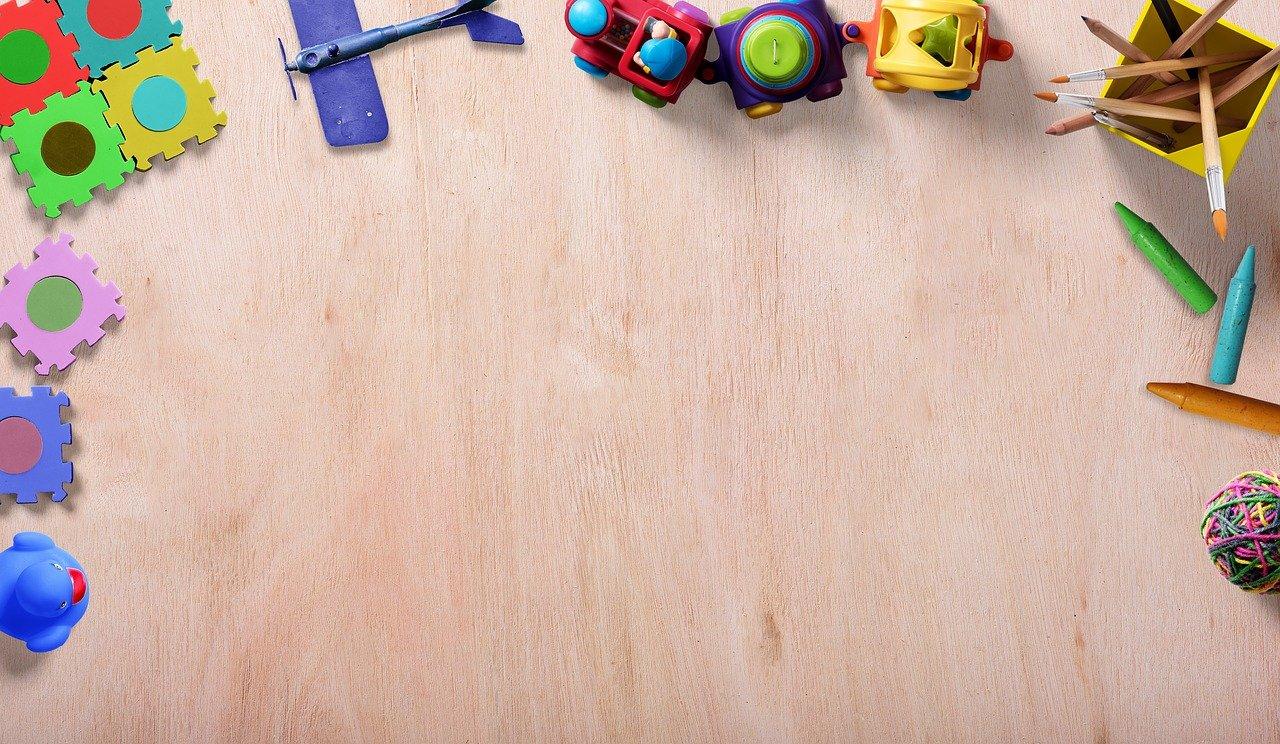 Ile dziecko powinno mieć zabawek i jakich?